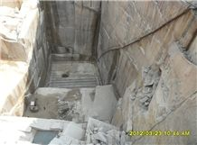 /picture/Quarry/201207/66545/g682-granite-quarry-quarry1-872B.JPG