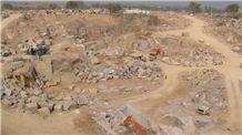 /picture/Quarry/201207/68036/sre-pg-red-granite-quarry-ilkal-red-granite-quarry1-828B.JPG