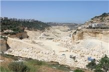 /picture/Quarry/201207/83750/zena-quarry-jerusalem-gold-limestone-halila-gold-limestone-quarry1-866B.JPG