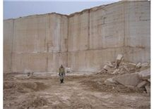 /picture/Quarry/201208/78876/persian-cream-travertine-quarry-quarry1-959B.JPG