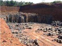 /picture/Quarry/201208/86192/vietnam-black-basalt-quarry-quarry1-948B.JPG