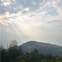 /picture/Quarry/201210/28857/pt-multi-marmer-alam-indonesia-imperial-beige-marble-quarry-quarry1-1095B.JPG
