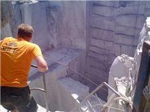 /picture/Quarry/201211/75839/g603-grey-granite-quarry1-1184B.JPG