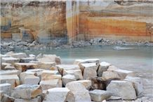 /picture/Quarry/201211/90862/travertino-classico-tivoli,-travertino-romano-quarry1-1124B.JPG