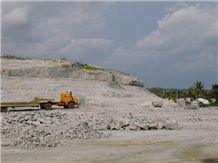 /picture/Quarry/201211/91107/african-multicolor-granite-buruku-quarry-quarry1-1140B.JPG