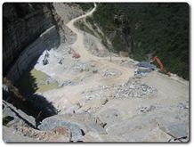 /picture/Quarry/201211/91524/pietra-di-luserna-quarry1-1172B.JPG