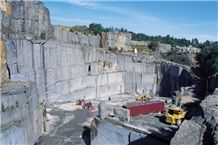 /quarries-1265/lundhs-blue-bjorndalen-quarry-no-2-blue-pearl-granite-quarry