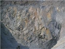 /picture/Quarry/201212/87155/topslate-hebei-slate-quarry-quarry1-1247B.JPG