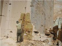 /picture/Quarry/201212/91943/parsonyx-iran-green-onyx-quarry-quarry1-1201B.JPG