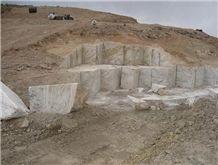 /picture/Quarry/201212/91943/parsonyx-rainbow-onyx-quarry-quarry1-1200B.JPG
