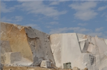 /picture/Quarry/201212/92584/new-ivory-fantasy-granite-quarry1-1258B.PNG