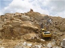 /picture/Quarry/201304/96320/jindi-g633-granite-quarry-quarry1-1602B.JPG