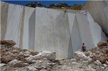 /picture/Quarry/201305/31742/mesta-beige-marble-quarry-quarry1-1637B.JPG