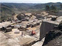 /quarries-1711/cafe-imperial-granite-quarry