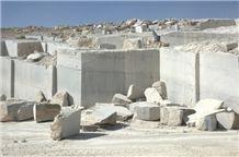 /picture/Quarry/201307/91904/pietra-grey-marble-pietra-gray-quarry-quarry1-1798B.JPG