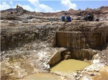 /picture/Quarry/201308/100638/iran-white-onyx-salmas-quarry-quarry1-1857B.JPG