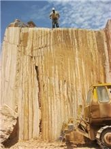 /picture/Quarry/201308/30072/travertine-onyx-quarry1-997B.JPG