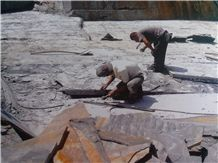 /picture/Quarry/201309/100898/mine-stone-yixian-slate-quarry-quarry1-1874B.JPG