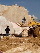 /picture/Quarry/201309/101401/bursa-light-emperador-marble-quarry-quarry1-1895B.JPG