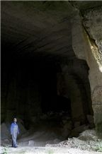 /picture/Quarry/201310/101677/pietra-di-vicenza-limestone-quarry-quarry1-1914B.JPG