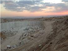 /picture/Quarry/201310/101916/royal-botticino-karadehbid-marble-quarry-quarry1-1970B.JPG