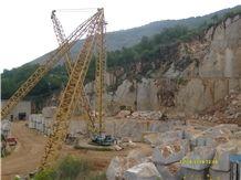 /picture/Quarry/201310/102122/breccia-paradiso-marble-quarry-quarry1-1946B.JPG