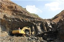 /picture/Quarry/201310/102154/shanxi-black-granite-quarry-quarry1-1947B.JPG