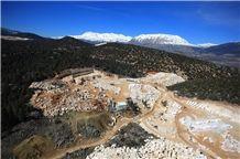 /picture/Quarry/201310/17039/myra-beige-limestone-quarry-quarry1-1942B.JPG