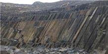 /picture/Quarry/201312/103023/g684-black-granite-magma-black-black-pearl-granite-quarry-quarry1-2009B.JPG