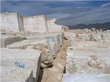 /picture/Quarry/201312/103668/atashkooh-travertine-quarry-quarry1-2080B.JPG