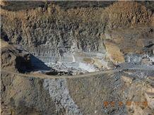 /picture/Quarry/201312/92443/hebei-multicolor-slate-quarry-quarry1-2085B.JPG