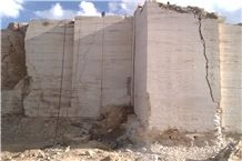 /picture/Quarry/201401/3258/bozajagh-light-cream-travertine-zanjan-beige-travertine-quarry-quarry1-2126B.JPG