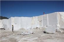 /picture/Quarry/201402/103820/china-han-white-marble-quarry-quarry1-2184B.JPG