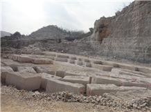 /picture/Quarry/201402/107444/white-wooden-grain-marble-quarry-quarry1-2185B.JPG