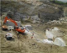 /picture/Quarry/201402/31174/surf-green-granite-quarry-quarry1-2190B.JPG