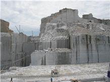 /picture/Quarry/201402/90390/g654-granite-padang-dark-granite-quarry-quarry1-2192B.JPG