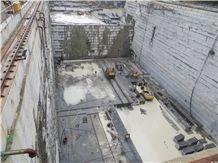 /picture/Quarry/201402/92631/royal-pearl-granite-quarry-quarry1-2162B.JPG