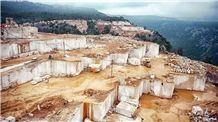 /picture/Quarry/201403/107908/ottoman-beige-marble-quarry-quarry1-2232B.JPG