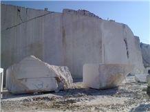/picture/Quarry/201403/23762/oscar-beige-marble-quarry-quarry1-2260B.JPG