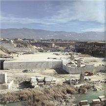 /picture/Quarry/201403/90229/italian-travertino-classico-travertino-navona-travertino-romano-quarries-quarry1-2214B.JPG