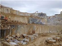 /picture/Quarry/201404/109486/gaole-guangxi-white-marble-quarry-quarry1-2335B.JPG
