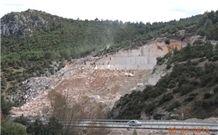 /picture/Quarry/201404/26173/crema-nova-marble-quarry-quarry1-2307B.JPG