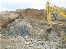 /picture/Quarry/201404/97780/jdp-jet-black-granite-quarry-quarry1-1677B.JPG