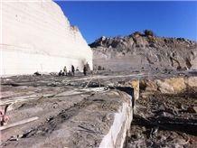 /picture/Quarry/201405/10453/zion-grey-granite-quarry-quarry1-2392B.JPG