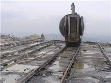 /picture/Quarry/201405/106434/china-juparana-grey-granite-quarry-quarry1-2390B.JPG