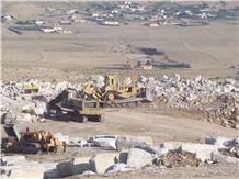 /picture/Quarry/201405/109865/cheverny-marble-quarry-quarry1-2363B.JPG