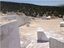/picture/Quarry/201405/14375/denizli-cardak-silver-fantasy-marble-quarry-quarry1-2371B.JPG