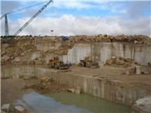 /quarries-2356/morocco-travertine-quarry