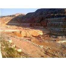 /picture/Quarry/201406/110631/ventura-serpeggiante-marble-quarry-quarry1-2420B.JPG