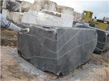 /picture/Quarry/201406/111257/torreon-negro-marquina-marble-quarry-quarry1-2486B.JPG